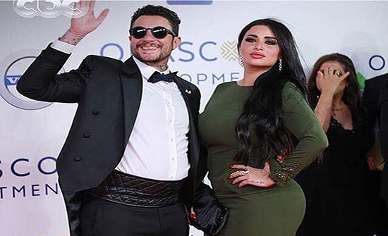 أحمد الفيشاوي يحسم جدل مشاجرته مع زوجته في باخرة