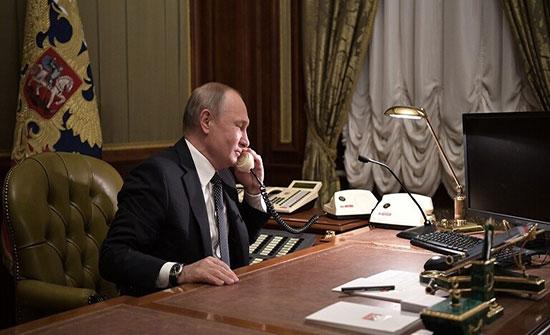 """بوتين يبحث مع زيلينسكي التسوية الأوكرانية والتحضير لقمة """"النورماندي"""""""