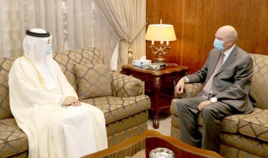 الفايز يلتقي السفير الإماراتي لدّى المملكة