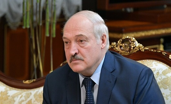 """لوكاشينكو: ننتظر أسلحة من روسيا بما فيها """"إس-400"""""""