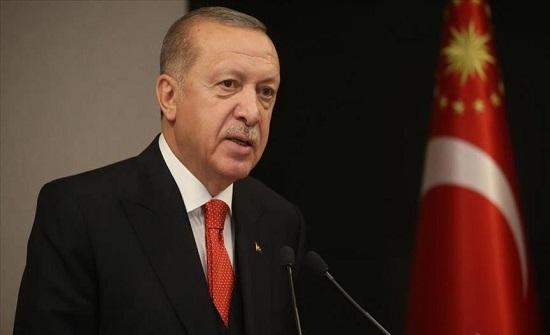 أردوغان يعلن حظر التجول خلال عيد الفطر يتبعه فتح المساجد