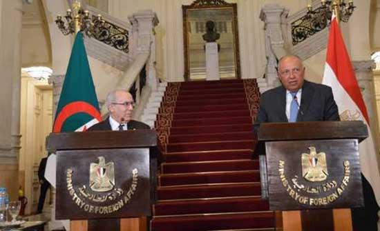 وزير خارجية الجزائر: ما يحدث في تونس شأن داخلي ونحترم سيادتها