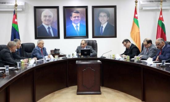 وزير الداخلية يلتقي المحافظين الجدد - تفاصيل