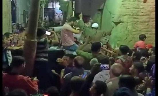 مصر : زفة لمتعاف من كورونا - فيديو
