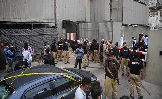 باكستان: لا شك أن الهند وراء هجوم بورصة كراتشي