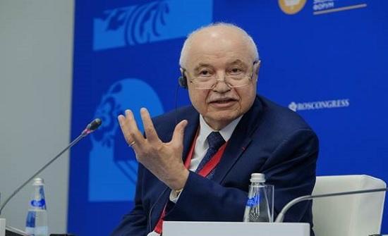 أبوغزاله يوجه رسالة لروسيا: نريد أن نعمل معكم في مجال العلوم والأبحاث والتعليم