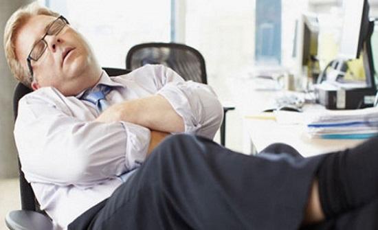 كيف تتخلص من النعاس أثناء العمل؟