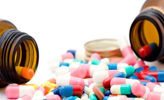 """""""مطالبة بإخضاع المستلزمات الطبية للجنة تسعير الادوية"""