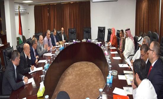 مجلس المستشارين والملحقين الثقافيين العرب يزور الجامعة الهاشمية