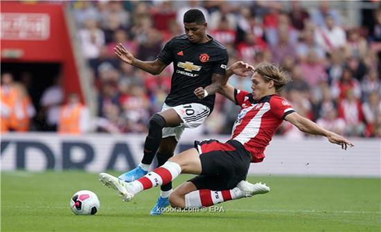 بالصور: مانشستر يونايتد يواصل ترنحه بالتعادل مع ساوثهامبتون