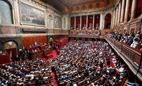 الأغلبية النيابية في فرنسا تقرر إعادة كتابة مادة من مشروع قانون الأمن الشامل