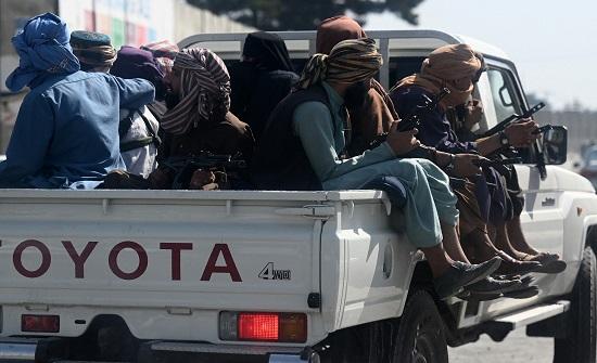 3 انفجارات تستهدف سيارات تابعة لطالبان.. شرقي أفغانستان