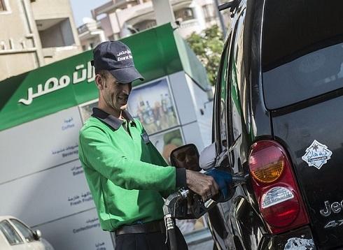 هكذا برر الإعلام المصري زيادة أسعار الوقود.. وردود ساخرة
