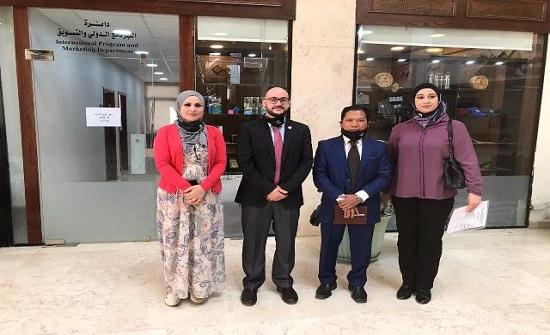 الأردنية تتابع شؤون طلبتها الدوليين