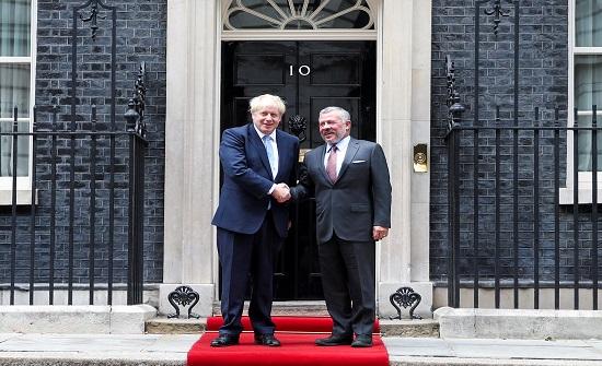 رئيس وزراء بريطانيا يؤكد للملك دعم المملكة المتحدة لأمن الأردن واستقراره