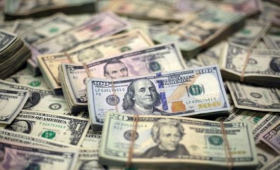 تراجع الدولار الاميركي عالميا