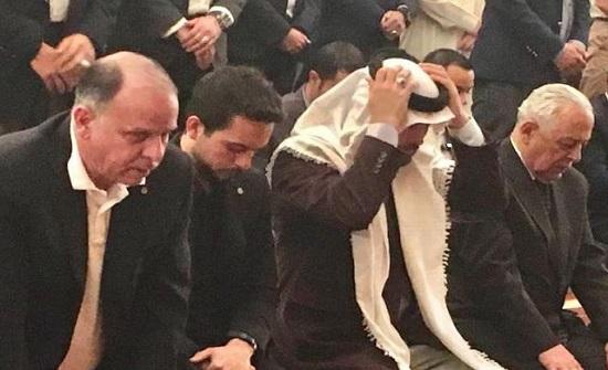 بالصور : الامراء حسين وفيصل وهاشم يحيون ليلة القدر