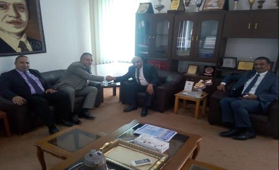 جامعة إربد الأهلية تستقبل وفداً من الاتحاد العربي للمعارض والمؤتمرات الدولية