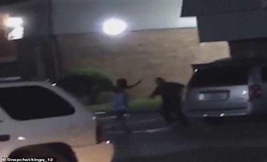 لحظة إطلاق الشرطة الأمريكية النيران على امرأة حامل (فيديو)