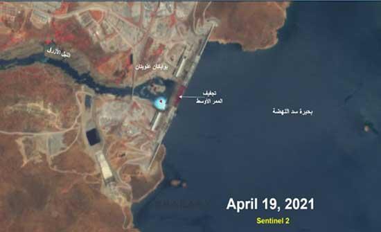 مصر: عملية الملء الثانية لسد النهضة ستؤثر على نظام النيل الأزرق وصورة جوية تكشف الاستعدادات