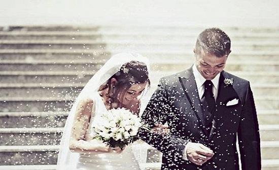 طبيب يحذر من آثار قاتلة للزواج المبكر - فيديو