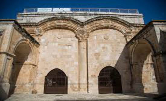 الافتاء الفلسطيني يحذر الاحتلال من اغلاق مصلى باب الرحمة