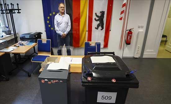 انتخابات ألمانيا.. الاشتراكيون الديمقراطيون متعادلون مع المحافظين