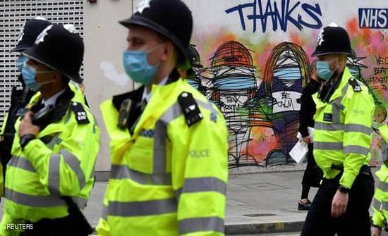 بريطانيا ترفع مستوى التهديد الإرهابي إلى خطير