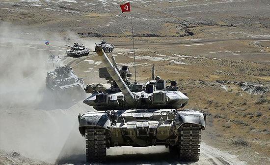 """مشاهد من مناورات """"النسر التركي الأذربيجاني 2020"""" .. بالفيديو"""