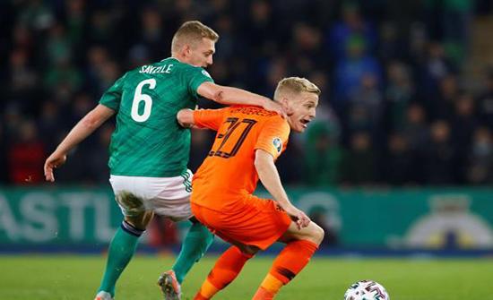 بالصور: هولندا تتأهل رسميًا لليورو بعد التعادل مع أيرلندا الشمالية