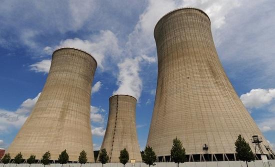 """""""طاقة النواب"""" تطالب بإيقاف نشاطات المشروع النووي"""