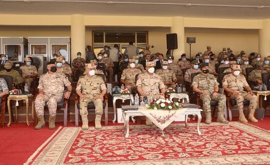 رئيس هيئة الأركان يتابع اختتام فعاليات تمرين النجم الساطع في مصر