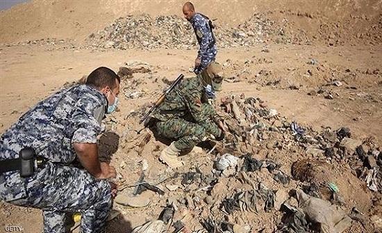 العثور على مقبرة تضم 20 جثة لمدنيين في نينوى العراقية