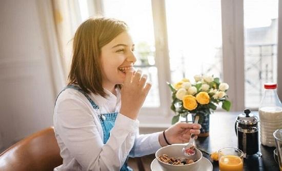 علماء يكشفون أثر وجبة الإفطار على امتحانات الطلاب