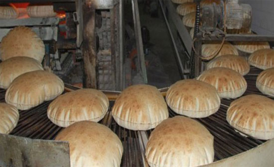 إغلاق مخبزين في الطفيلة وإتلاف مواد غذائية فاسدة