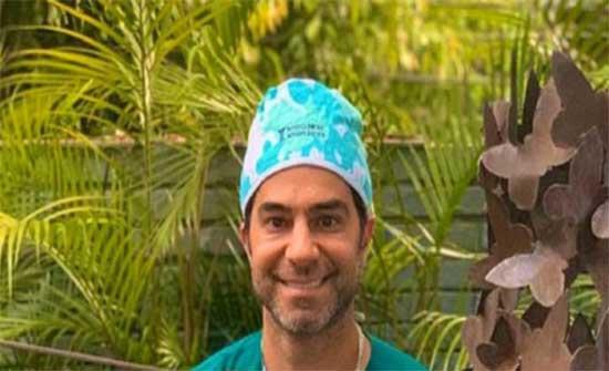 الطبيب البرازيلي المتحرش يعتذر للفتاة المصرية ويظهر معها في فيديو .. شاهد
