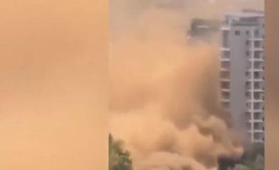 شاهد :  غبار أصفر مختلط بالغاز يخلي 800 أسرة صينية