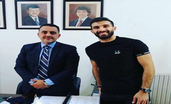لاعب نادي الفيصلي إحسان حداد يلتحق بالدراسة في جامعة إربد الأهلية