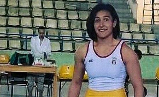 لاعبة مصارعة نسائية تتعرض لضرب مبرح من مدرب المنتخب المصري (صور)