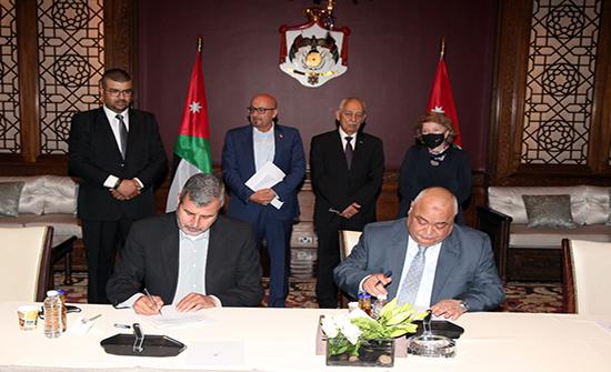 توقيع اتفاقيتين في الديوان الملكي الهاشمي لتنفيذ مشروع زراعي للمجتمع المحلي بالمدورة