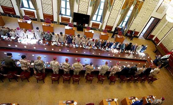 الكاظمي للقوات الأمنية: إياكم والتأثر بأي طرف سياسي