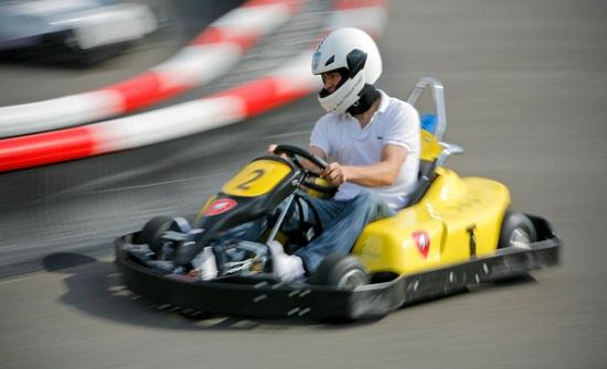 حجاوي يفوز بكأس الأردن لسباقات السيارات الرقمية