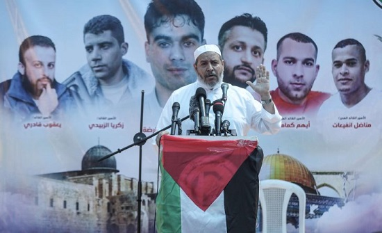 """حماس تحذر إسرائيل من ارتكاب """"أي حماقة"""" ضد مخيم جنين"""