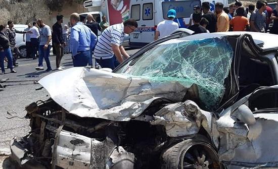 شاهدوا : صور الحادث المروع الذي تسبب بوفاة شاب في ابو نصير