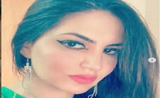 شاهد طبيبة تقدم عرض صادم ومغري لرئيس وزراء العراق مقابل استقالته