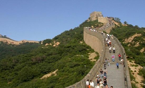 الصين تحقق دخلا سياحيًا بقيمة 60 مليار دولار خلال عطلة العيد الوطني