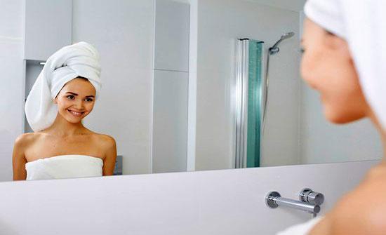 بالصور ..أيهما أفضل للصحة: الإستحمام صباحاً أو مساءً؟