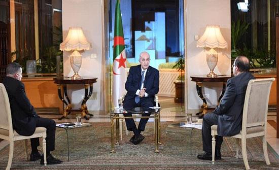 الرئيس الجزائري: العلاقات الجيدة مع ماكرون خففت التشنج وهناك جماعات ضغط للتشويش