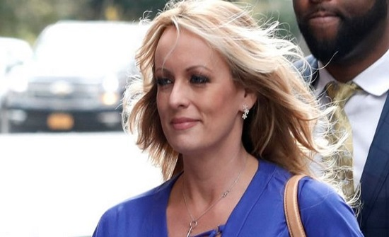 رفض دعوى قدمتها النجمة الإباحية ستورمي دانيلز ضد ترامب