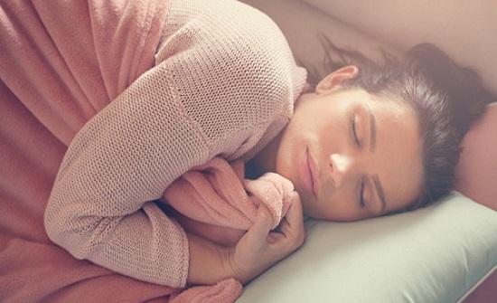 بدون منوم.. طرق سريعة للاستغراق في النوم